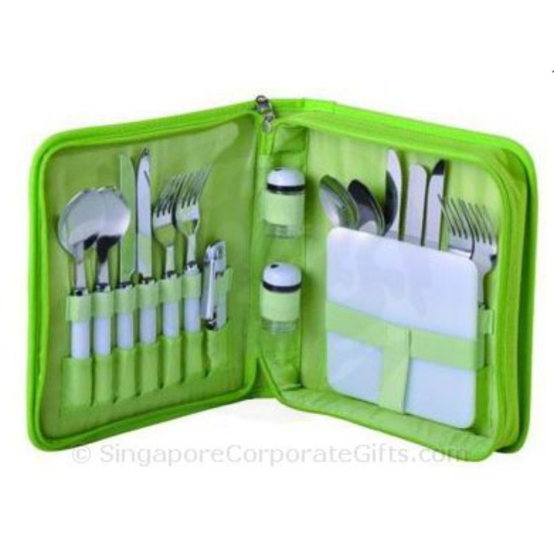 4 Person Picnic Set